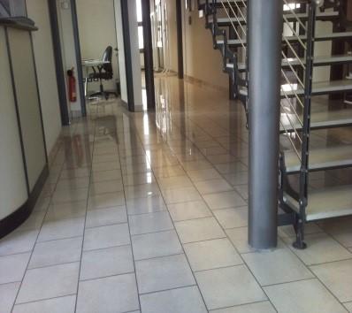 Pulizia per condomini uffici appartamenti pulizie e for Uffici temporanei roma prezzi