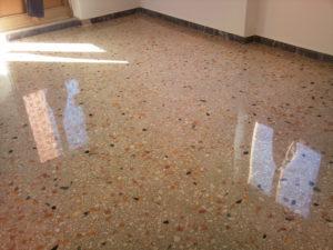 """alt=cristallizzazione-pavimenti-in-marmo-granito-a-roma"""""""