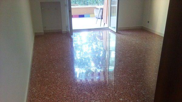 lucidatura pavimenti marmittoni