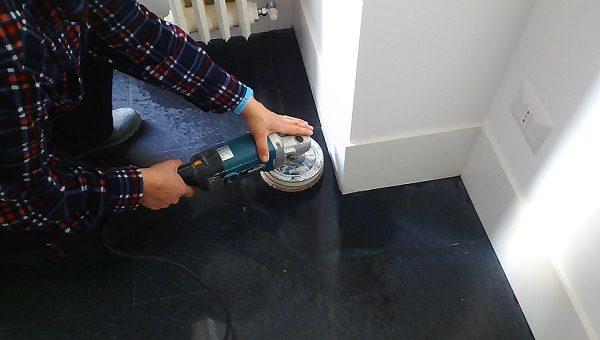 arrotatura pavimenti cemento