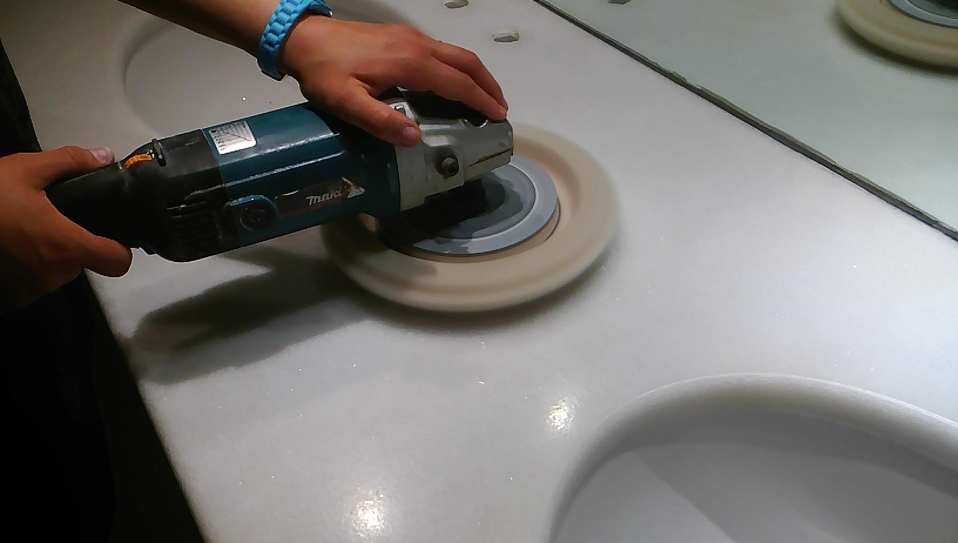 Lucidatura e cristallizzazione del top bagno - pulizieserviziroma.it