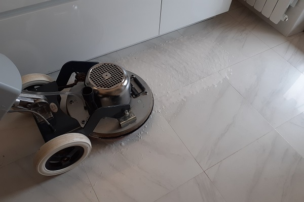 nettezza pavimenti gres porcellanato roma