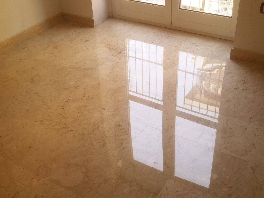 lucidatura cristallizzazione vetrificazione pavimenti marmo roma