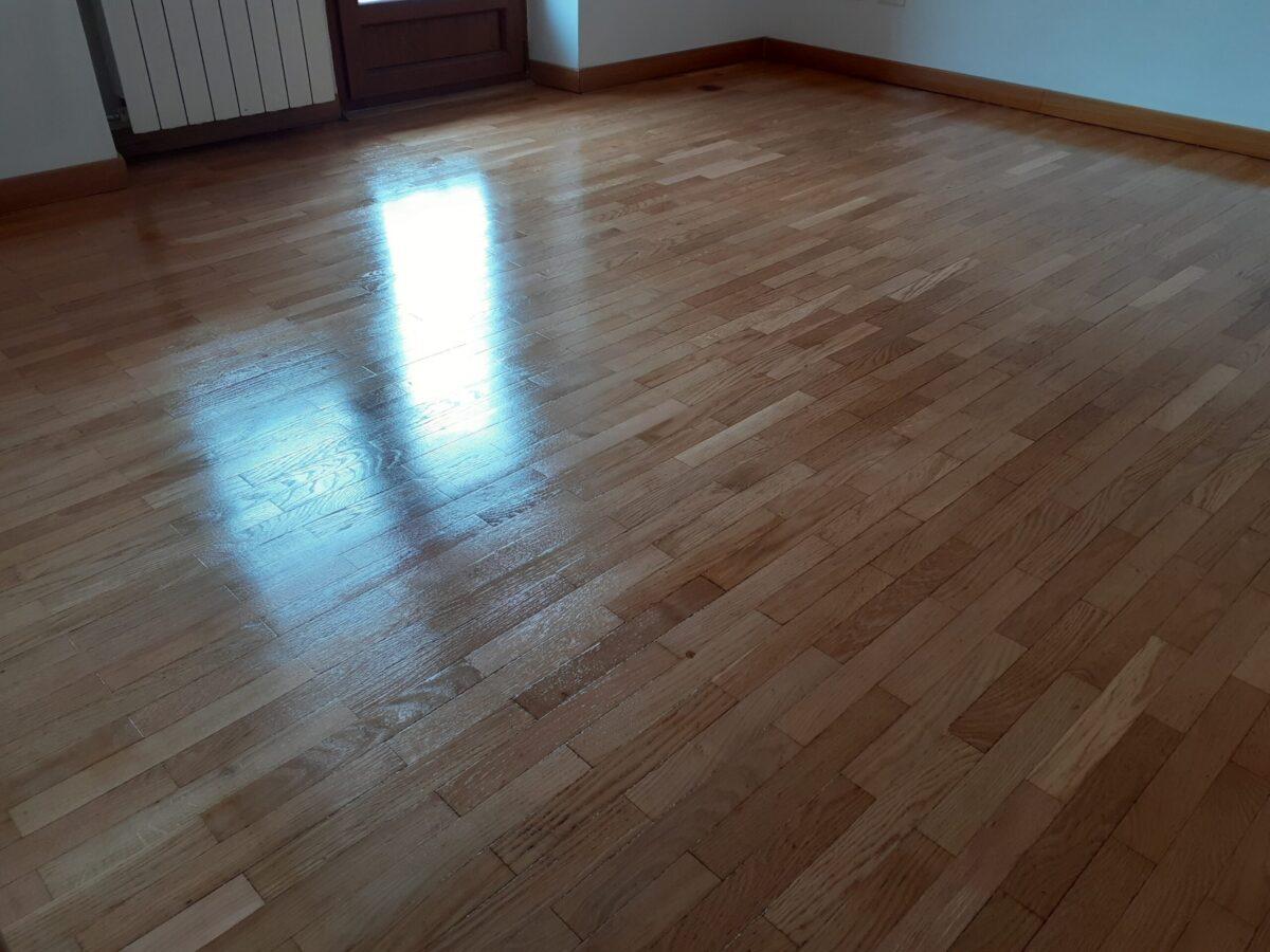 cristallizzazione pavimenti in legno massello