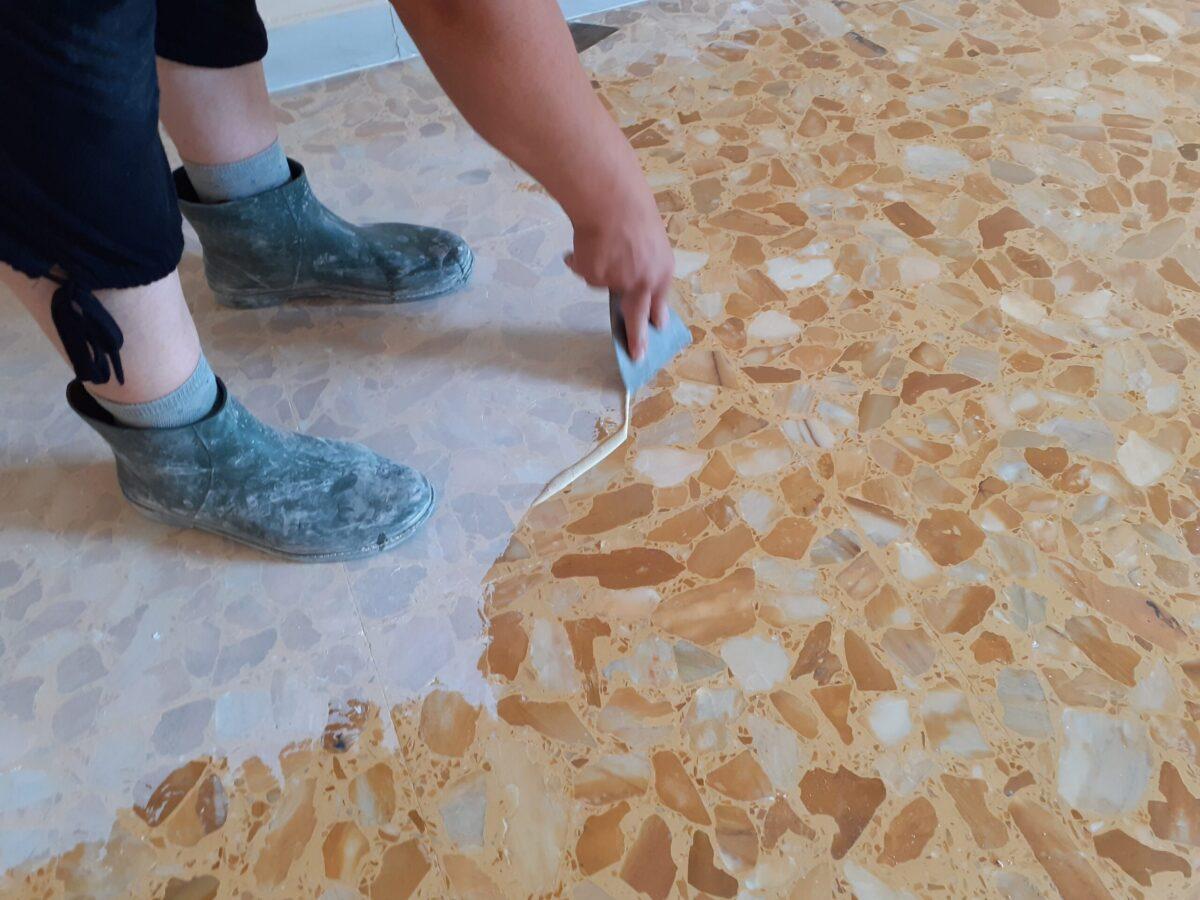 stuccatura pavimenti marmo